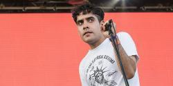 Download Neon Indian ringetoner gratis.