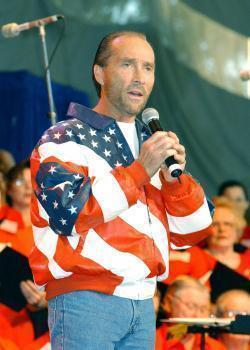 Download Lee Greenwood ringetoner gratis.